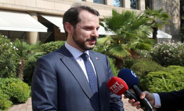 وزير المالية التركي - مواقع التواصل