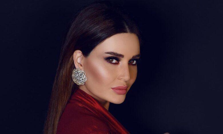Photo of سيرين عبد النور لمتابعة انتقدت مسلسلها دانتيل: ما تحضري.. خلصينا منك ومن فلسفتك! (صور)