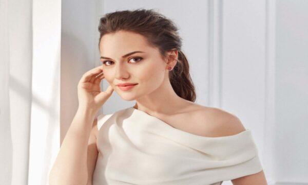 فخرية إيفجان - سيدة تركية في المركز الثالث لأجمل مسلمات العالم