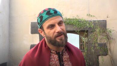 Photo of يحيى بيازي: تجسيد شخصيتين في باب الحارة مغامرة وأطل في رمضان بـ4 مسلسلات (فيديو)