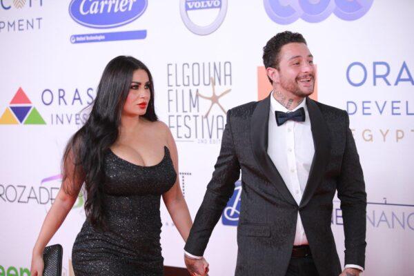 أحمد الفيشاوي مع زوجته