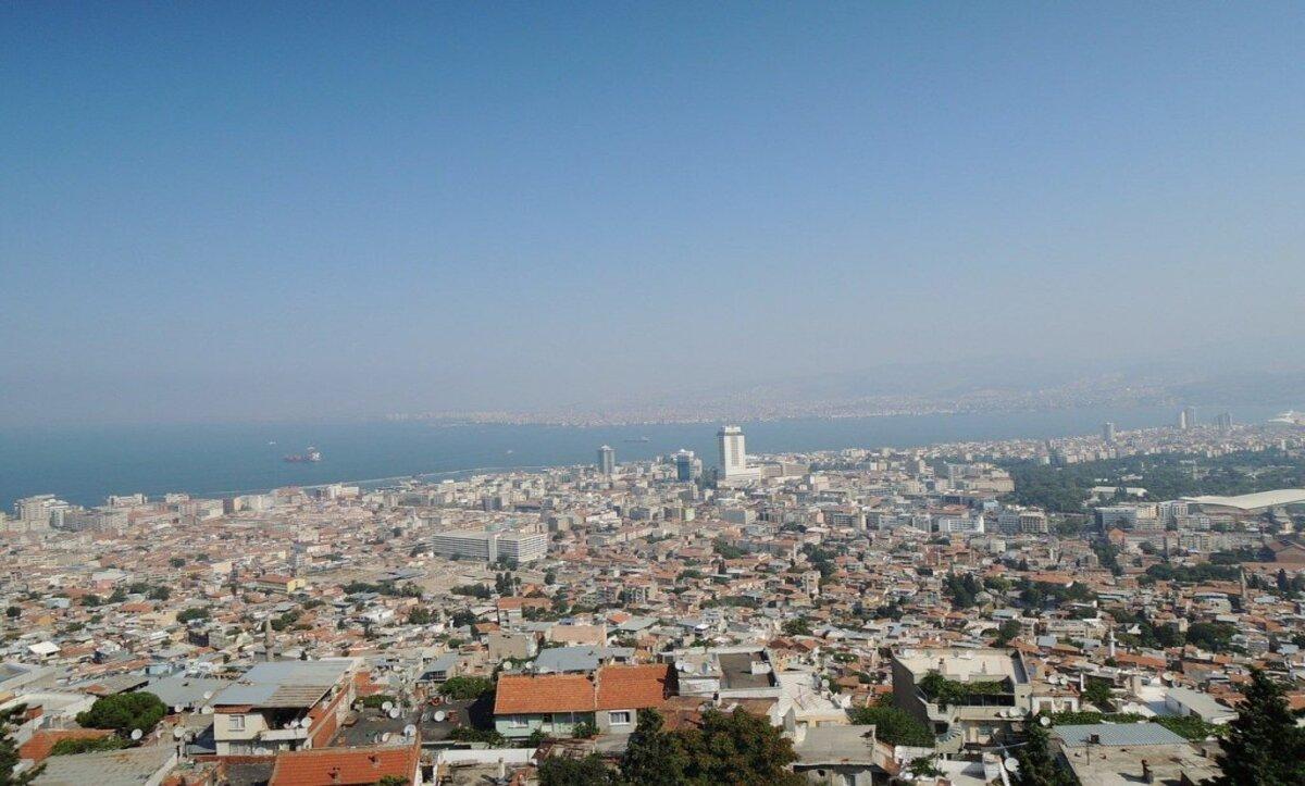 أزمير في تركيا - وكالات