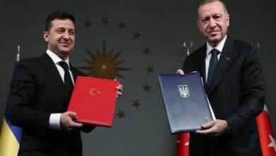 Photo of الرئيس الأوكراني يُقلّد أردوغان وسام الشرف واتفاقيات جديدة بين البلدين