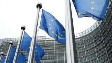 Photo of خمس شخصيات سورية مدد الاتحاد الأوروبي إجراءاته بحقها