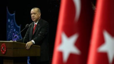 Photo of أردوغان: الوقوف بإخلاص مع نبينا مسألة شرف بالنسبة لنا (فيديو)