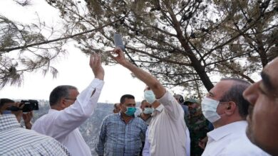 Photo of الأسد وابن خاله مخلوف يستثمران أحداث الساحل لتبييض صورتهما (صور-فيديو)