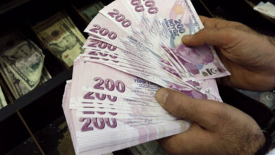 Photo of انخفاض جديد في أسعار الليرة السورية والتركية 24 10 2020