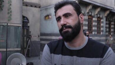 Photo of خالد القيش: الممثل السوري مطلوب عربيًا.. وأجسد في حارة القبة شخصية شريرة (فيديو)