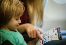Photo of خمسة وسائل لدعم مهارات طفلك في القراءة والكتابة