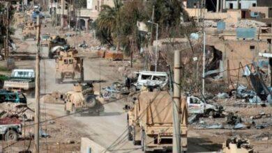 Photo of ردة فعل أهالي بلدة شرق ديرالزور بعد تفاجئهم بوصول عناصر قوات الأسد إليهم (فيديو)
