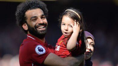 Photo of صورة محمد صلاح مع ابنته في عيد ميلادها تحظى بمليون إعجاب في ساعتين