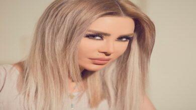 Photo of ميرنا شلفون تطل بالقصير و الشفاف وتظهر ملابسها الداخلية