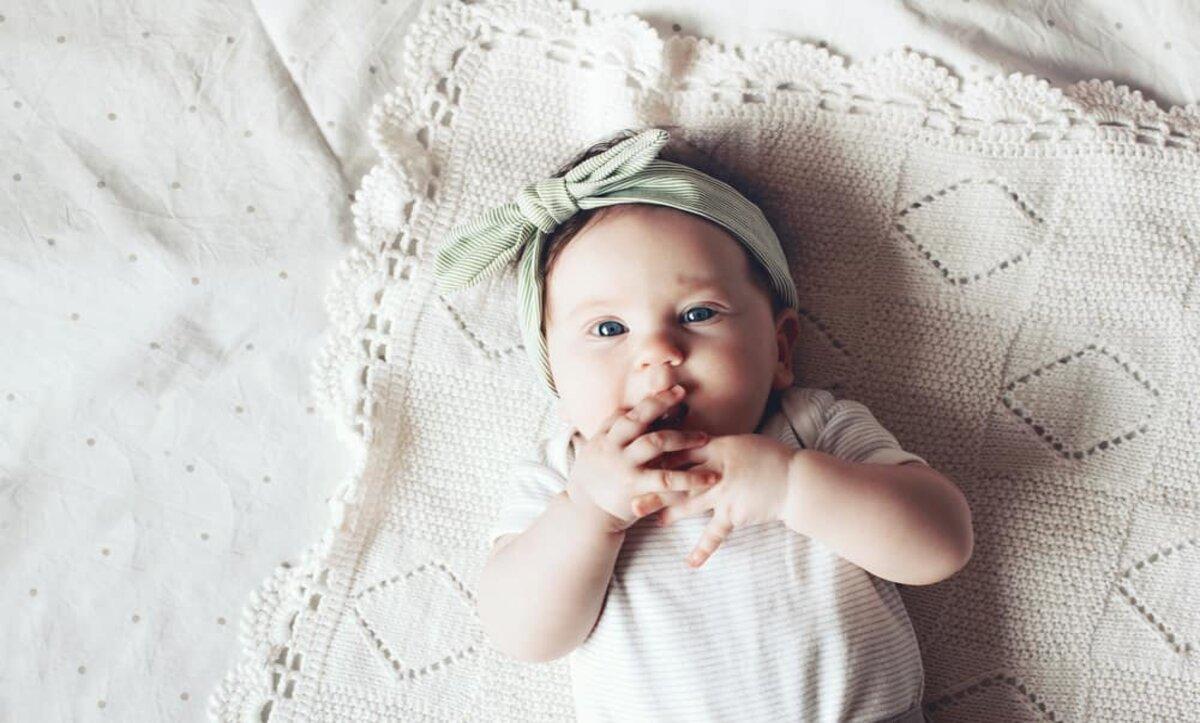 نمو الطفل في الشهر الرابع