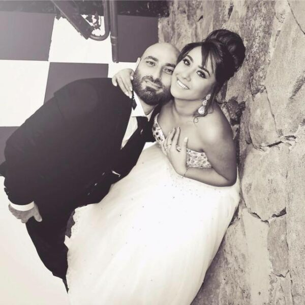 شادي الصفدي وزوجته