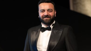Photo of سامر المصري من الجونة: إقامة مهرجان في ظل الوباء جرأة.. والفيروس بيخاف مني! (فيديو)