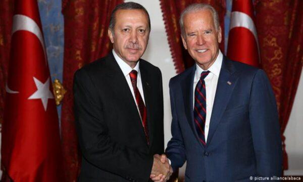 أردوغان وبايدن - وكالات أول رسالة من أردوغان إلى بايدن بعد فوزه بالرئاسة الأمريكية