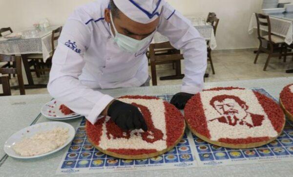 أورهان أياز - وكالات  شيف تركي يرسم عمالقة الفن عن طريق اللحم والدهن (فيديو)