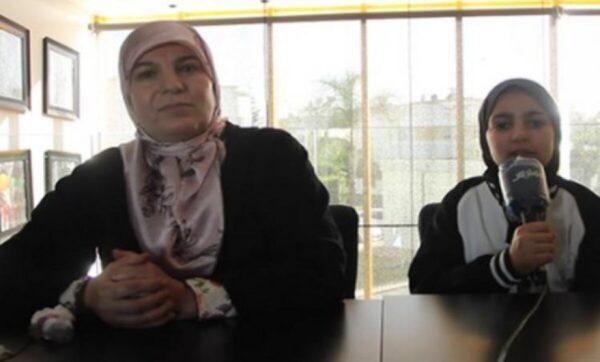 الطفلة سندس - مواقع التواصل  القضاء المغربي ينصف طفلة حرمتها مدرسة فرنسية من التعليم بسبب الحجاب