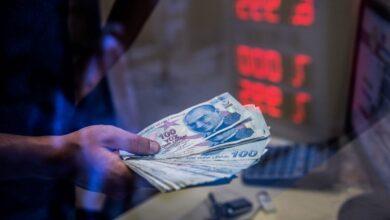Photo of خبير اقتصادي يتوقع مصير أسعار الليرة التركية أمام الدولار في المستقبل