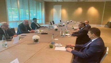 Photo of رئيس هيئة التفاوض السورية: جيفري أكد أن لاتغير في السياسة الأمريكية تجاه سوريا