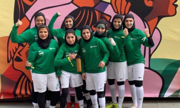 كرة القدم السعودية - مواقع التواصل