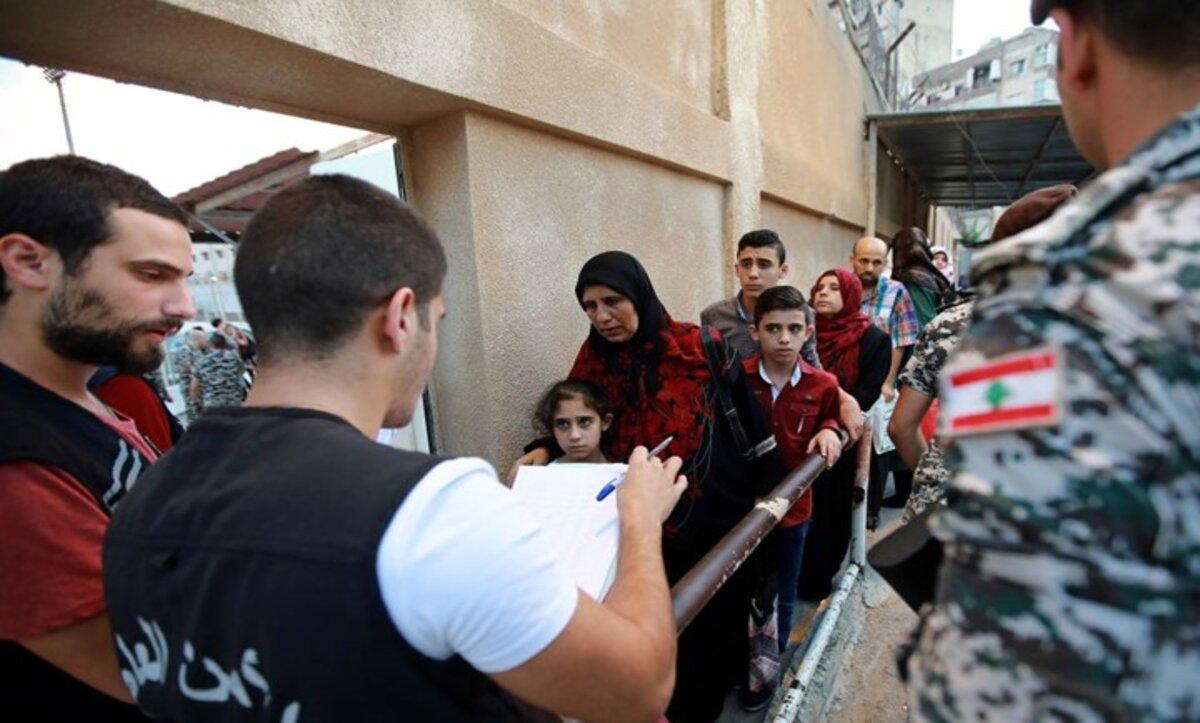 لبنان واللاجئين السورين- مواقع التواصل