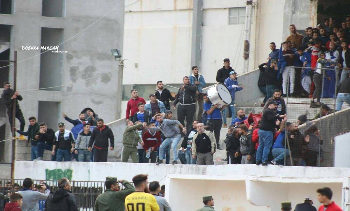 مباراة كرة قدم في طرطوس