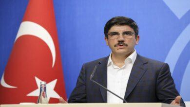 Photo of مستشار أردوغان: تركيا لم ولن تتنازل عن إدلب وسوريا مستقلة عن القضايا الأخرى (فيديو)