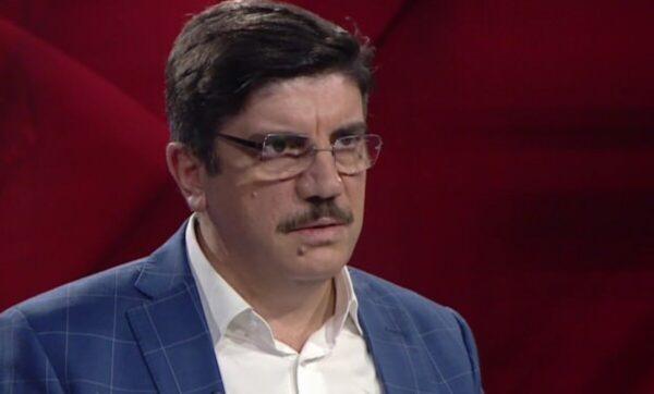 ياسين أقطاي -مستشار أردوغان - وسائل إعلام تركية   مستشار أردوغان: تركيا لم ولن تتنازل عن إدلب وسوريا مستقلة عن القضايا الأخرى (فيديو)