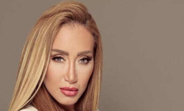 """""""ركزوا في حياتكم"""".. الإعلامية ريهام سعيد توجه رسالة إلى منتقديها"""