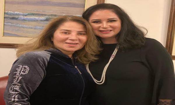 اسمها الحقيقي صافيناز وتزوّجت نور الشريف.. أبرز المعلومات عن الفنانة بوسي بعد ظهورها تحتفل بعيد ميلادها الـ 67 (فيديو)