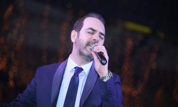 """""""من خلال دعمك أنا نجحت"""".. وائل جسار يوجه رسالة تهنئة إلى زوجته في عيد ميلادها"""