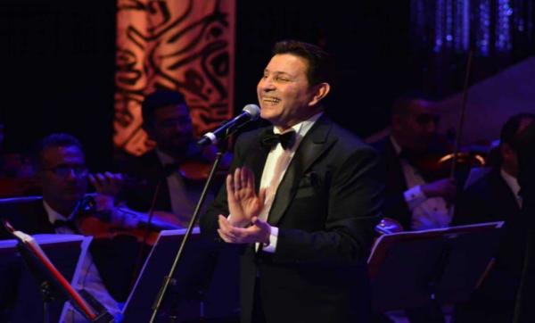 """هاني شاكر يتحدث عن أغنيته الجديدة """"يا بخته"""" مع الفنان المصري أحمد سعد (فيديو)"""