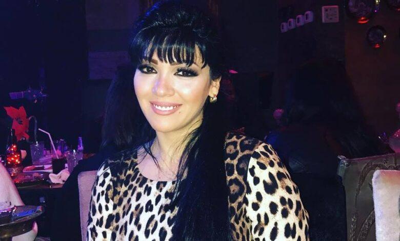 Photo of نادين سلامة: أحترم زوجي وعائلتي ومشهد قبلة شارع شيكاغو أجبرني عليه المخرج! (فيديو)