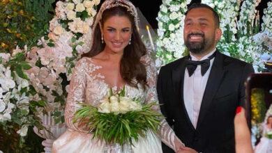 Photo of درة زروق وزوجها في أول ظهور بعد زواجهما في حفل زفاف نادي مهنا