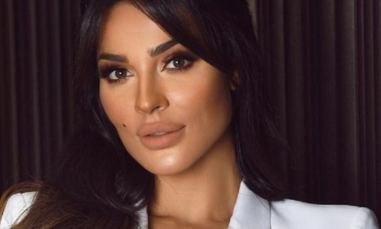 Photo of شكلت مع تيم حسن ثنائي مميّز، وتحب الرجل الذي يشبهها..قصة ملكة جمال لبنان السابقة والممثلة نادين نسيب نجيم (صور)