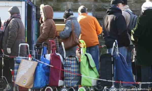 ألمانيا تقرر ترحيل لاجئين سوريين إلى بلادهم اعتباراً من يناير المقبل