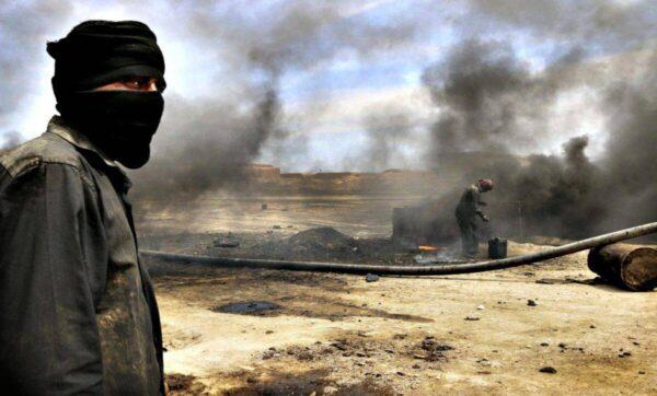 بسبب حقول النفط.. أول تطور عسكري مباشر بين قوات روسية ومجموعات إيرانية شرق سوريا