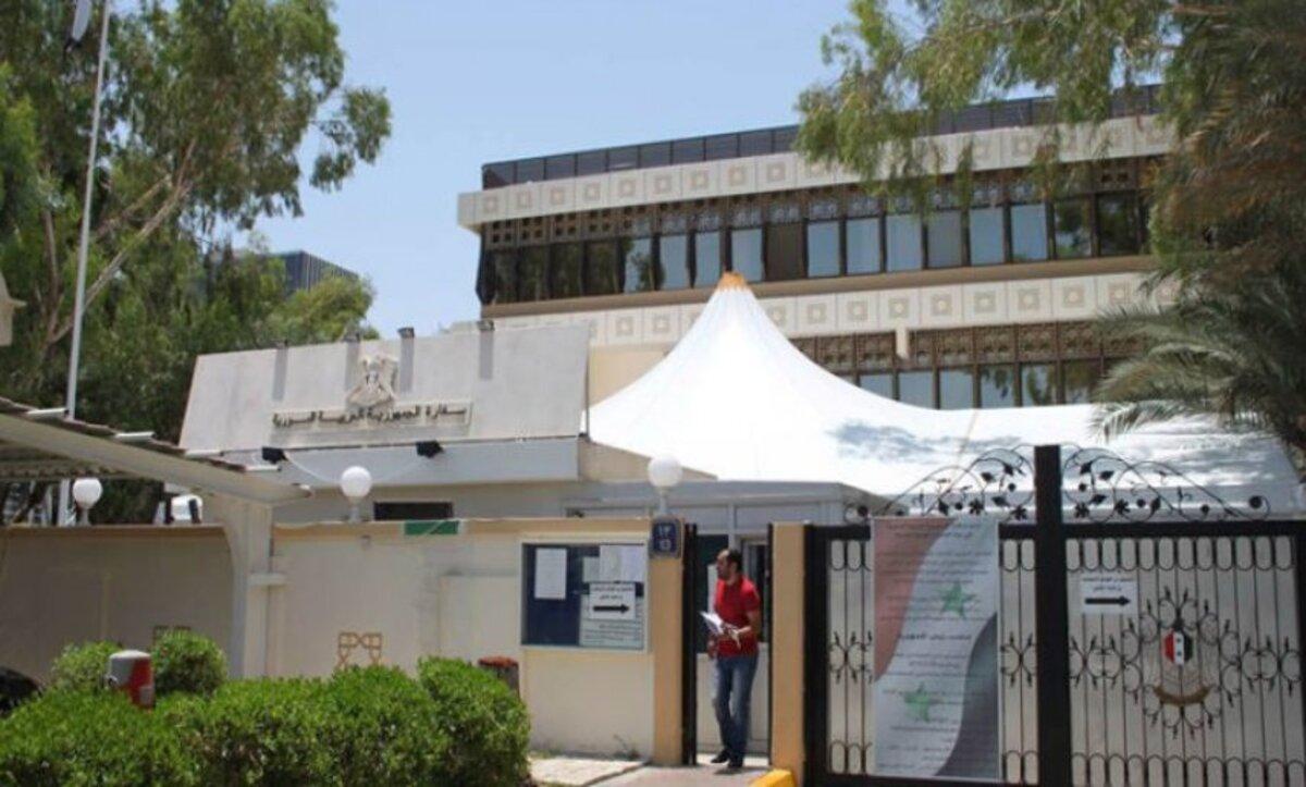 سفارة الأسد في الإمارات