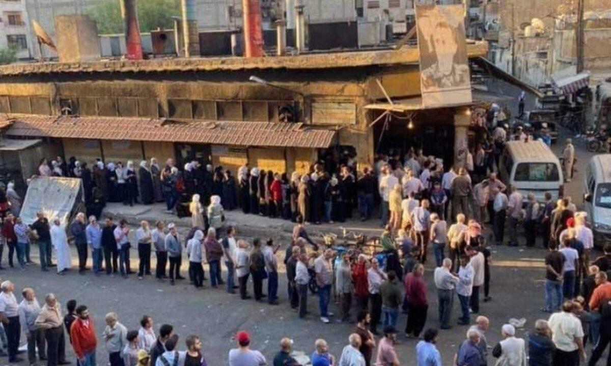طوابير الخبز في دمشق