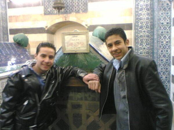 مجدي المقبل - مواقع التواصل ملامح حسن وعلي الشهيران في التغريبة الفلسطينية بعدما أصبحا في مرحلة الشباب (صور)