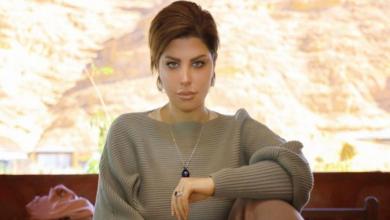 Photo of شمس الكويتية تهاجم النسويات: أقسم بالله لو عندي رجل يحترمني لأنزل لرجله وأغسلها (فيديو)