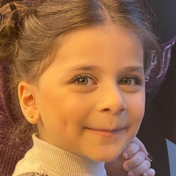 ابنة نادين تحسين بيك