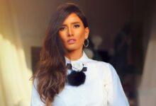 "Photo of زينة تخطف الأنظار بإطلالة جديدة ورسالة غامضة والمتابعين: ""بينولبي كروز العرب"