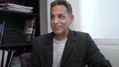 Photo of عارف الطويل: أنا أبعد ما يكون عن الغرور وخوفي الأكبر على أولادي (فيديو)