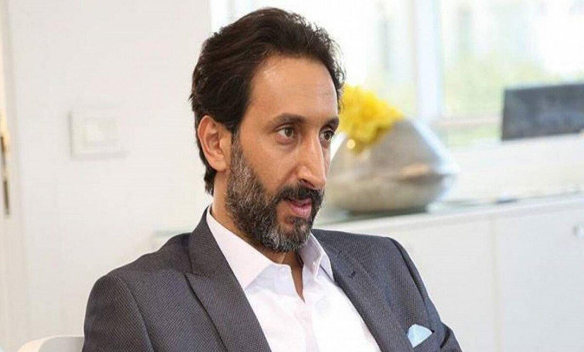 أحمد الأحمد - مواقع التواصل