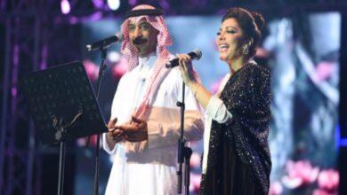 Photo of نبيل شعيل يشبه فستان أصالة نصري بالعلم السعودي خلال لقائها مع عبادي الجوهر (فيديو)