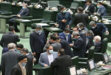 Photo of البرلمان الإيراني يوجّه إنذارين لوزير خارجية بلاده بسبب صورة مع ضابط إسرائيلي