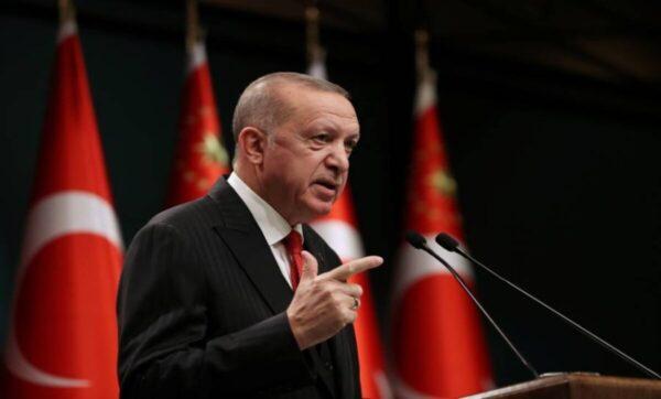 الغارديان: أردوغان يتجه لإصلاح العلاقات مع دول عربية وأوروبية