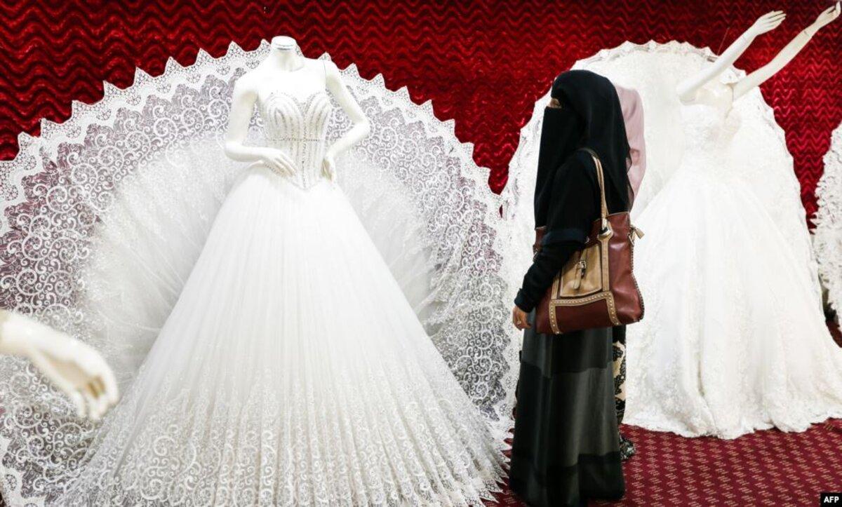 زواج السوريين من السعوديات يثير الجدل عبر منصات التواصل (فيديو)